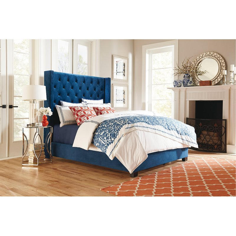Traditional Blue Queen Upholstered Bed - Westerly