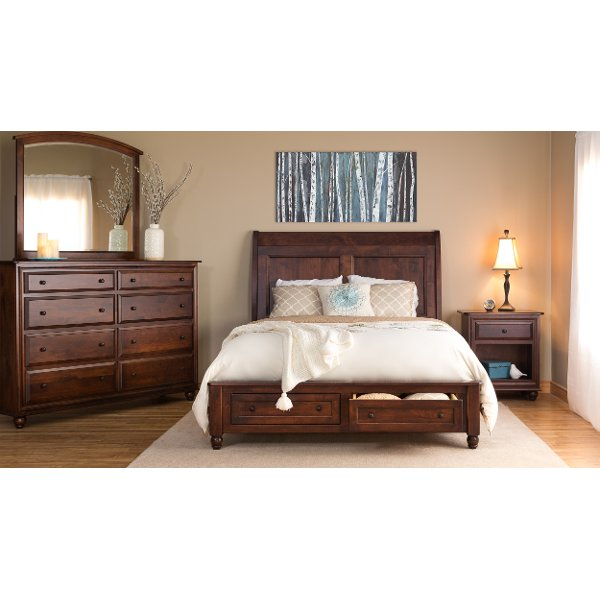 Classic Maple Brown 4 Piece Queen Bedroom Set   Charlton