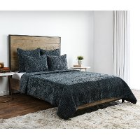 Green Velvet Queen 3 Piece Bedding Collection - Bari