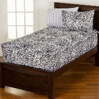 Black and White Full Graphic Blooms Bunkie Deluxe Bedding