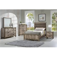Antiqued White 4 Piece Full Bedroom Set - Matteo