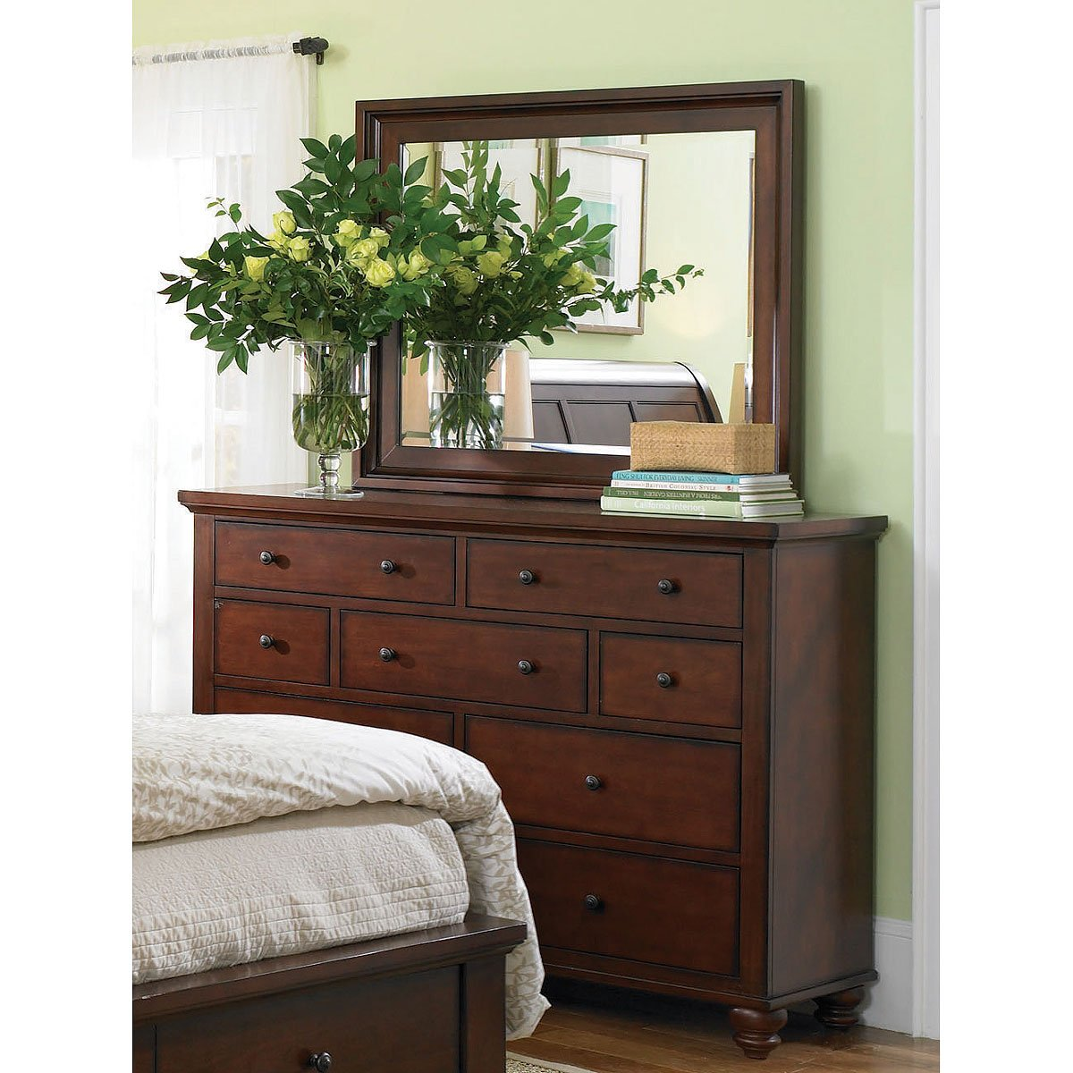 Rc Willey Stores: Brown Cherry Traditional 6 Piece Cal-King Bedroom Set