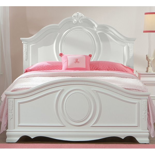 Elegant Jessica White Traditional Full Size Bed