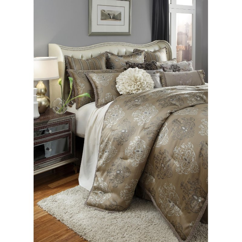 Bronze and Silver Solitaire Queen Bedding Collection