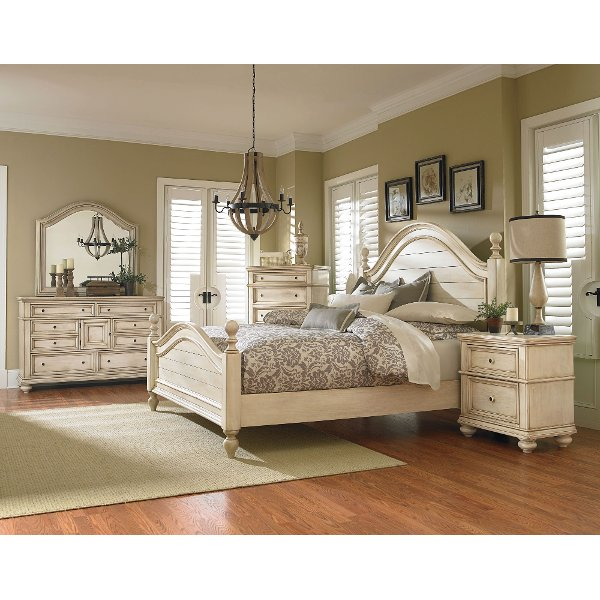 ... Clearance Antique White 6 Piece King Bedroom Set   Heritage