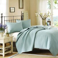 Hampton Hill Sky Queen Coverlet Collection